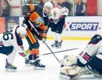 Хоккей: «Кременчук» и «Донбасс» удваивают свой перевес