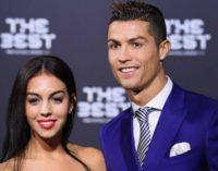 Роналду собирается жениться на матери своего ребенка
