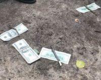 В Запорожье на взятке 100 тыс. грн погорел полицейский