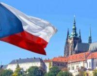 Чехия расширяет квоты на работу для украинцев — посол