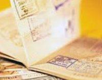 Порошенко договорился с эмиром Кувейта о возможности получения украинцами кувейтских виз в аэропорту