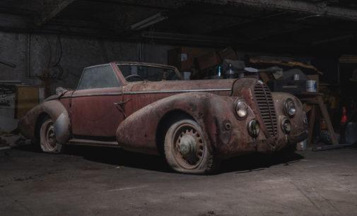 На нью-йоркской парковке обнаружили раритетные машины