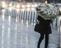 Синоптики прогнозируют штормовое предупреждение во Львове