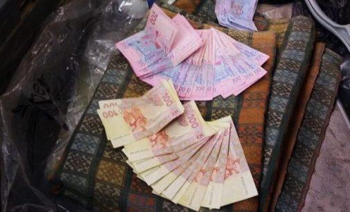 На Черкасщине задержали патрульного-коррупционера