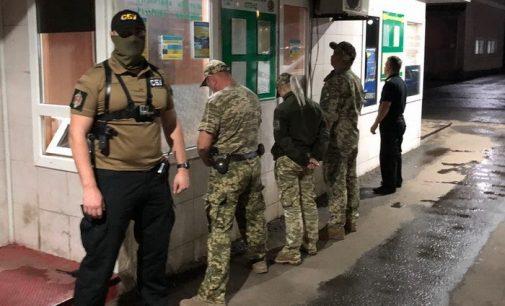 За вымогательство взяток задержали сотрудников Черновицкой таможни